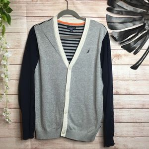 Nautica V-neck buttons down boy's sweater 18/20